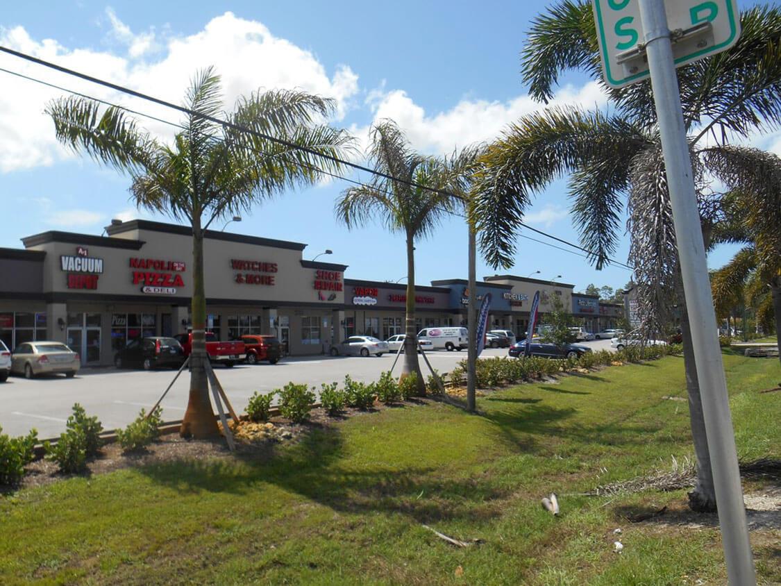 Hitching Post Plaza Photo 3